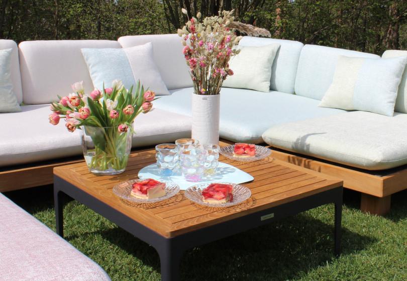 Loungekategorie Tische